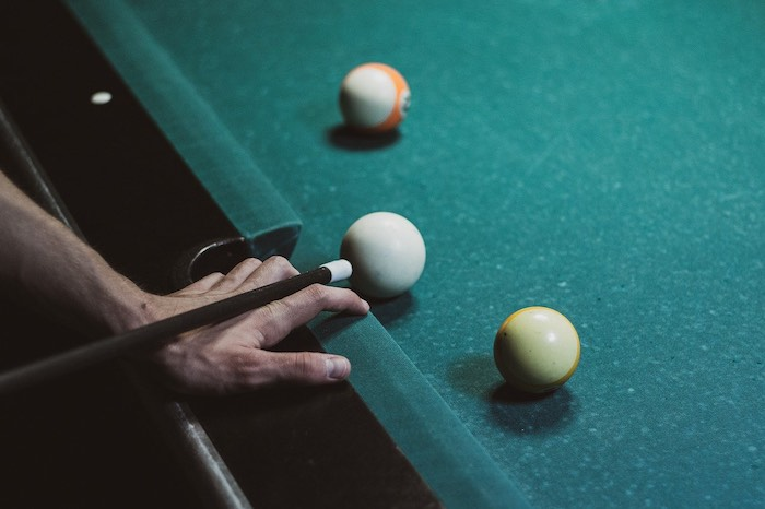 How To Use The White Dots On A Pool Table Guys Play - How To Mark Diamonds On A Pool Table